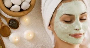 Maschera da pori allargati di pelle di faccia