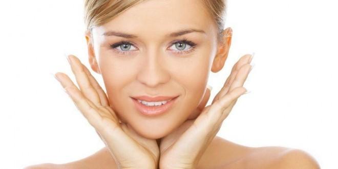 Pulizia del viso fai da te, tutorial passo per passo.
