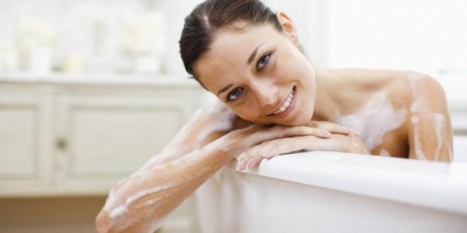 Bagno rilassante oli essenziali design casa creativa e - Bagno con sale grosso ...