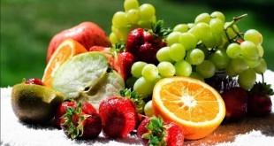 Come rafforzare il sistema immunitario in modo naturale. Scopri i sintomi delle difese immunitarie basse, i metodi ed i rimedi naturali più efficaci per aumentare le difese immunitarie basse e deboli, i cibi e le piante officinali che ci aiutano a rinforzare il nostro sistema immunitario.