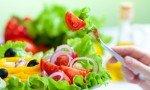 Colesterolo alto: cause, sintomi, rimedi naturali, alimenti da evitare, esempio di dieta