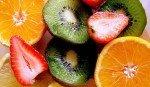 Vitamina C: proprietà, benefici per la salute, sintomi della carenza, fabbisogno e gli alimenti più ricchi