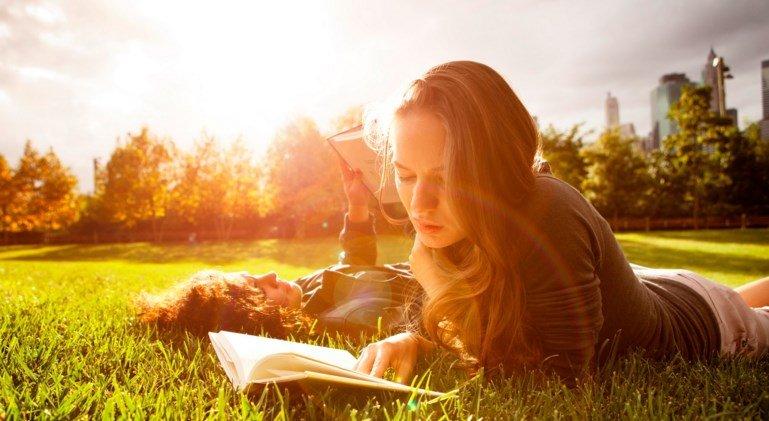 Leggere fa bene alla salute scopri quali sono i libri da for Libri consigliati da leggere