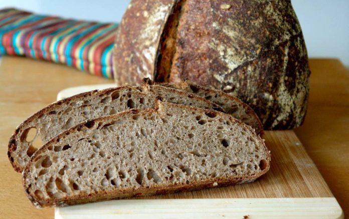 Come fare il pane di segale in casa ricetta facile e veloce