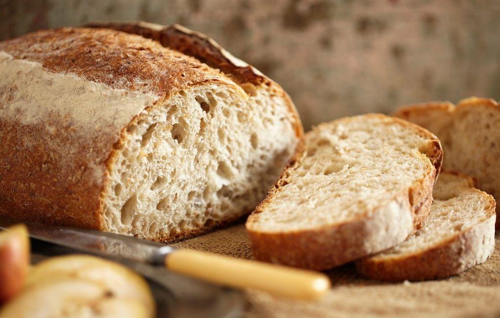 Pane proteico: dove trovarlo e come farlo in casa | Nutrizione