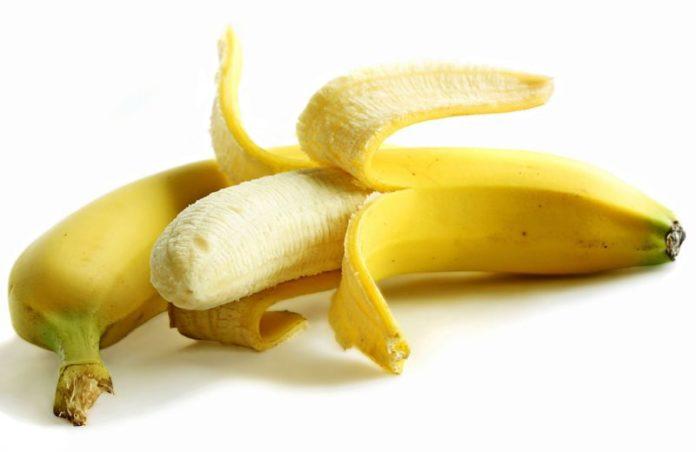 Banane: proprietà, benefici, usi e controindicazioni. Scopri le proprietà delle banane, i benefici per la salute, gli usi della banana in cucina o come rimedio naturale, le controindicazioni e gli effetti collaterali.