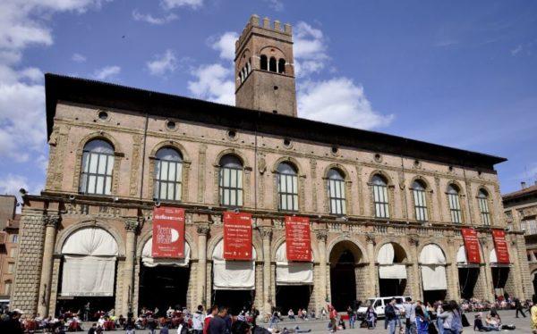 I posti più belli a Bologna da vedere assolutamente Palazzo Podestà