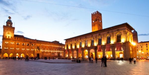 Cosa visitare a Bologna Piazza Maggiore