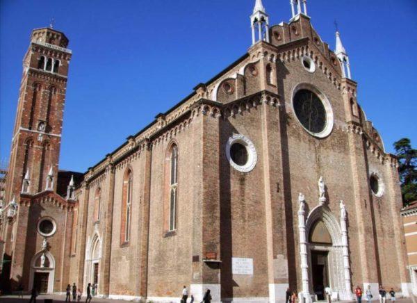 Luoghi da vedere assolutamente a Venezia La Basilica dei Frari