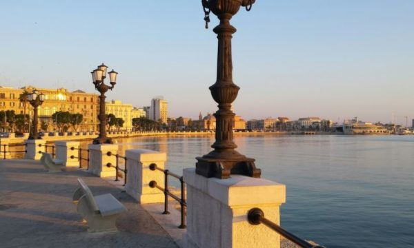 Cosa vedere a Bari in un giorno Lungomare Nazario Sauro