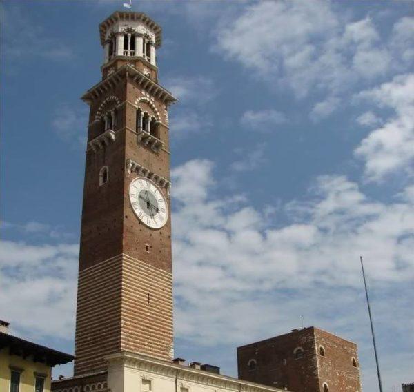 Cosa vedere a Verona in un giorno Torre dei Lamberti
