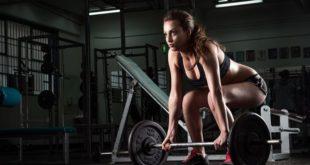 Crossfit: cos'è, benefici, effetti e esercizi. Scopri cos'è il crossfit, che benefici ha sulla salute, pro e contro e da quali esercizi è composto.