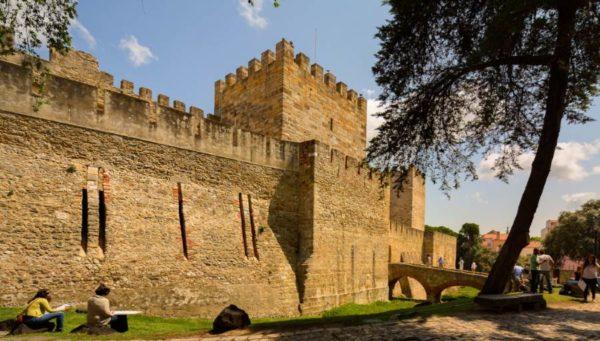 Attrazioni turistiche da vedere a Lisbona Castello di San Giorgio