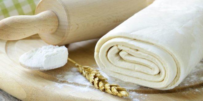 Pasta sfoglia: ricetta semplice (base) + altre ricette facili e veloci. Scopri come fare la pasta sfoglia semplice e altre ricette con la pasta sfoglia facili e veloci.