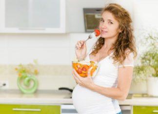 Stitichezza in gravidanza: cause, alimentazione consigliata e rimedi naturali efficaci. Scopri le cause della stitichezza in gravidanza, cosa mangiare, i cibi da evitare e i più efficaci rimedi naturali contro la stitichezza in gravidanza.