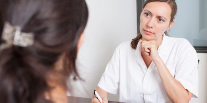 Gravidanza extrauterina: che cos'è, cause, sintomi e cosa fare. Scopri cos'è la gravidanza extrauterina (o ectopica), quali sono i sintomi iniziali, cosa fare, quali test eseguire e le conseguenze.