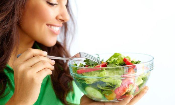 Glutatione: cos'è, a cosa serve e come assumere questo super antiossidante. Scopri cos'è il glutatione, a cosa serve, gli alimenti più ricchi di glutatione e cosa fare per aumentare il livello di glutatione nell'organismo.