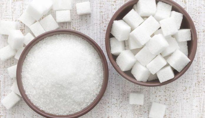 Lo zucchero fa male? Ecco 10 motivi scientificamente provati per limitare il consumo. Scopri perché lo zucchero fa male alla salute e 10 motivi per cui dovreste evitare di consumare lo zucchero o gli alimenti con zuccheri aggiunti.