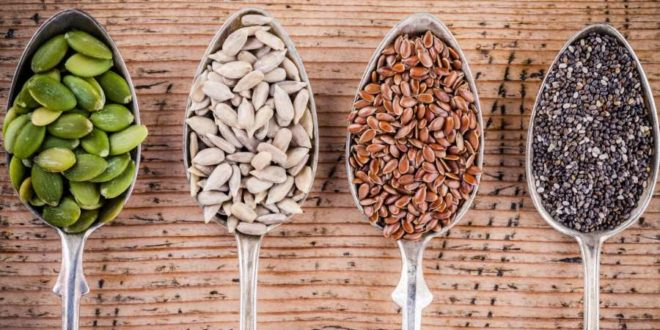 Semi da mangiare: i 6 semi della salute che non dovrebbero mancare sulla vostra tavola. I semi commestibili sono ricchi di vitamine, sali minerali, fibre e proteine vegetali. Scopri le proprietà, i benefici ed i valori nutrizionali dei semi della salute e come inserirli nell'alimentazione quotidiana.
