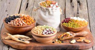 Alimenti ricchi di ferro per vegetariani e vegani: ecco i migliori cibi vegetali con ferro. Scopri quanto ferro al giorno ci serve per una buona salute e gli alimenti vegetali più ricchi di ferro.
