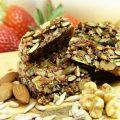 Snack proteici: ricette per le barrette proteiche fatte in casa e recensione delle migliori barrette sul mercato