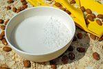 Latte vegetale fatto in casa: 8 esempi di latte estratto da frutta secca e altri vegetali