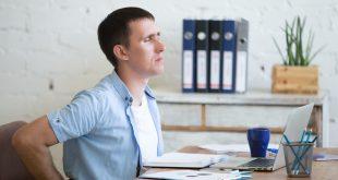 Mal di schiena: le cattive abitudini che possono causarlo e le buona abitudini per prevenirlo e ridurlo